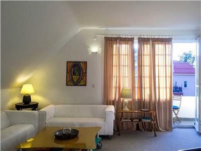 Unicat, inchiriere apartament in vila Aviatorilor Porumbaru