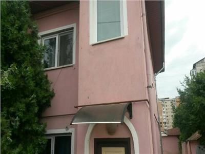 Vamzare casa in targoviste micro 5 zona colegiului carabella