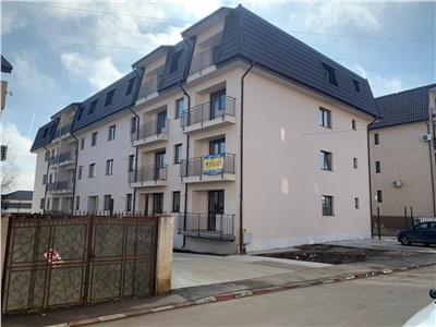 vand apartament 3 camere/2 bai  finisaje la alegere , buget 4000 eur