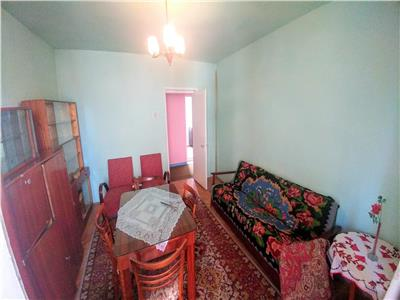 Vand apartament 2 camere ,Decomandat in Muresesni zona Prodcomplex