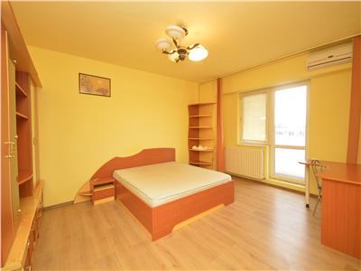 Vand apartament 3 camere Soseaua Oltenitei