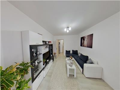 Vand apartament cu 2 camere in dambu, decomandat, partial mobilat