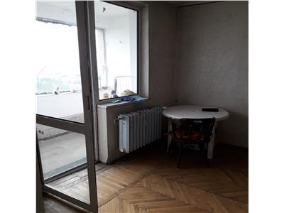 Vand apartament cu 3 camere cf 1 sd  et 10 zona odobescu