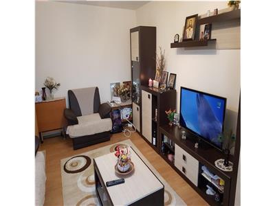 Vand apartament cu 3 camere Prundu - Depou