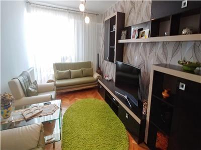 Vand apartament cu 4 camere, complet mobilat si utilat, in tudor