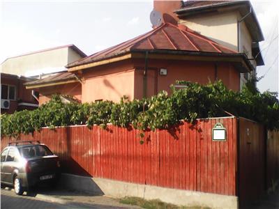 Vand casa  bulevardul bucureștii noi-laromet,singur curte Bucuresti