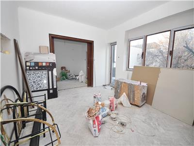 Vanzare apartament 2 camere 70mp zona  mantuleasa plantelor