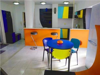 Vanzare 3 camere, modificat, etaj intermediar, Calea Calarasilor