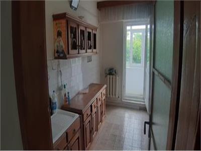 Apartament 2 camere decomandat ,zona ultra-centrala