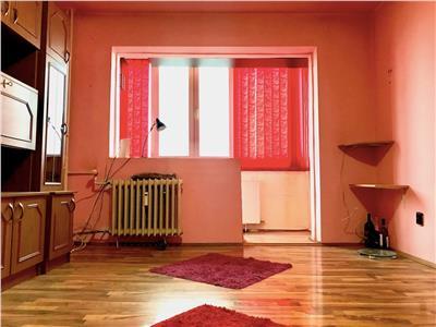 Vanzare apartament 2 camere, 57 mpu, decomandat, zona Sud, Ploiesti