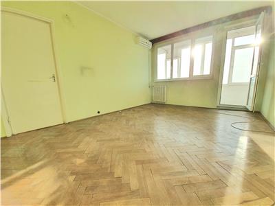 Vanzare apartament 2 camere  calea grivitei metrou 1 mai