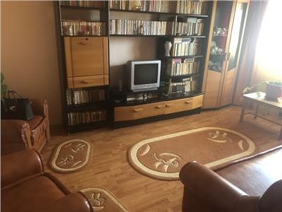 Vanzare apartament 2 camere campina decomandat 52mp