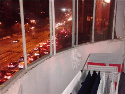 Vanzare apartament 2 camere decomandat crangasi