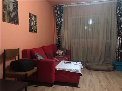 Vanzare apartament 2 camere decomandat drumul taberei tricodava