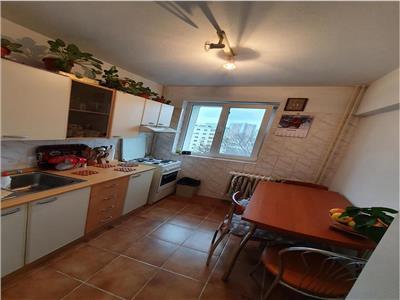Vanzare apartament 2 camere ,decomandat ,metrou c.georgian