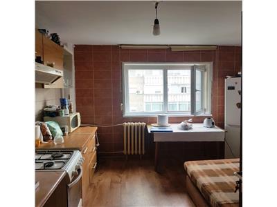 Vanzare apartament 2 camere decomandat militari/ lujerului