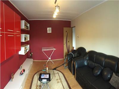 Vanzare apartament 2 camere, decomandat, mobilat - targoviste