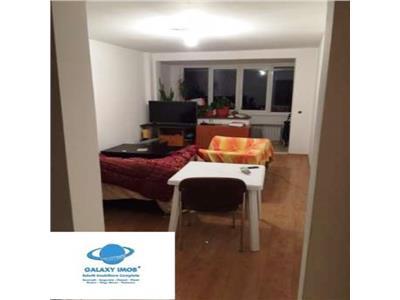 Vanzare apartament 2 camere decomandat Piata Sudului