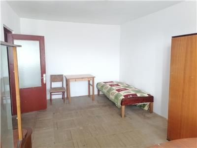Vanzare apartament 2 camere decomandat targoviste micro 6