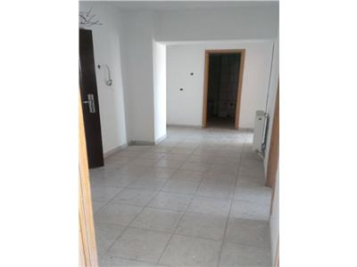 Vanzare apartament 2 camere decomandat targoviste micro 9