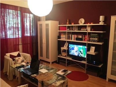 Vanzare apartament 2 camere Drumul Taberei/ Mall Plaza