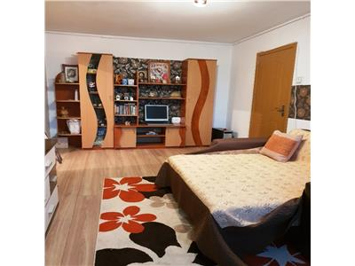 Vanzare apartament 2 camere drumul taberei/ romancierilor