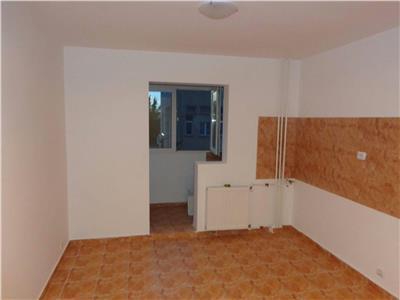 Vanzare apartament 2 camere etaj 2 margeanului