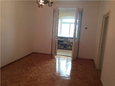 Vanzare apartament 2 camere, in ploiesti, zona centrala