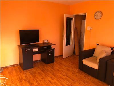 Vanzare apartament 2 camere,micro 6,etaj 3