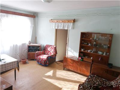 Vanzare apartament 2 camere nedecomandat Targoviste Micro 11