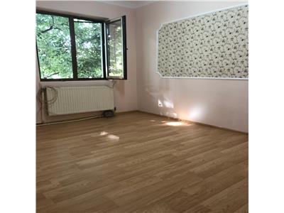 Vanzare apartament 2 camere si garaj domenii parcul ciresarii