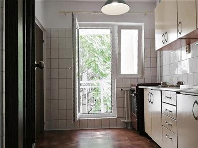 Vanzare apartament 2 camere Calea Vacaresti