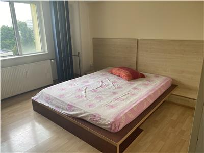 Vanzare apartament 2 camere Vest piata bloc Nou