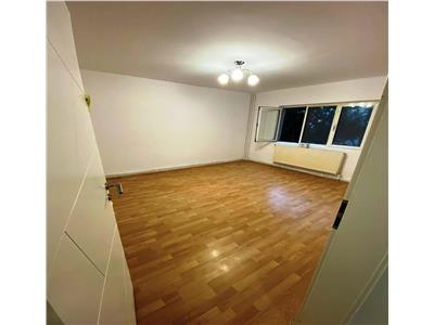 Vanzare apartament 3 camere 13 septembrie-dorneasca et 2