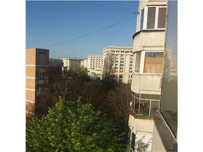 Vanzare apartament 3 camere la pret de 2 camere marriott
