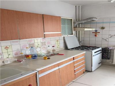 Vanzare apartament 3 camere 13 Septembrie-Prosper 84mp-hol L