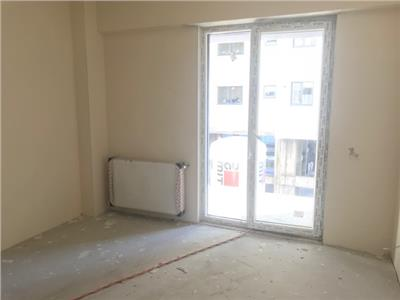 Vanzare apartament 3 camere, bloc nou, zona 9 mai