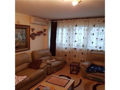 Vanzare apartament 3 camere, campia libertatii