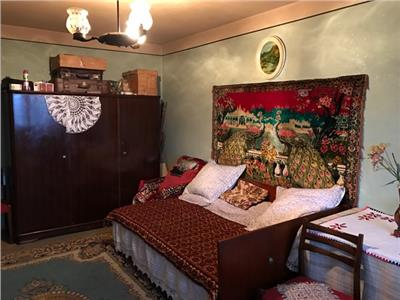 Vanzare apartament 3 camere, confort 1, in ploiesti, zona vest