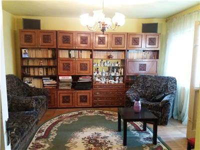 Vanzare apartament 3 camere ,confort 1,Micro 5