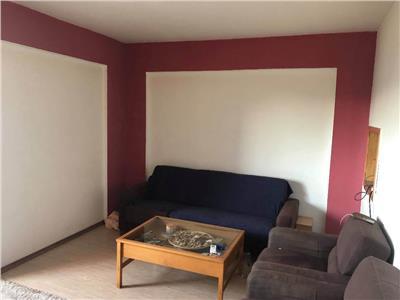 Vanzare apartament 3 camere decomandat , 3 minute M.IANCULUI