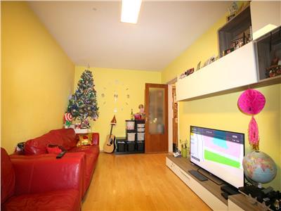 Vanzare apartament 3 camere decomandat Giurgiului bloc turn
