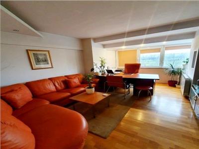 Vanzare apartament 3 camere decomandat Palatul Parlamentului