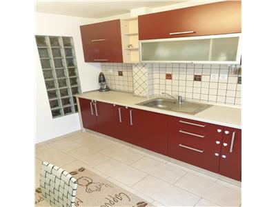 Vanzare apartament 3 camere decomandat Targoviste Micro 2