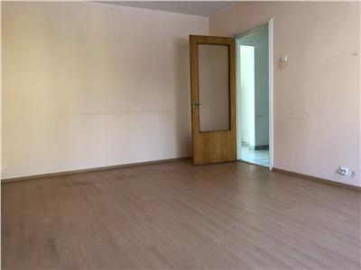 Vanzare apartament 3 camere drumul taberei auchan