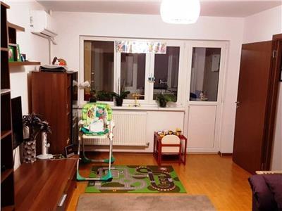 Vanzare apartament 3 camere Drumul Taberei/ Moghioros