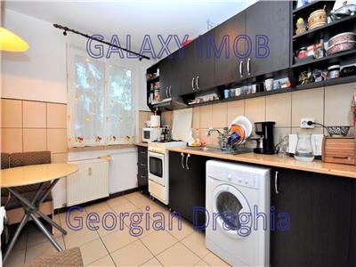 Apartament 3 camere bloc anvelopat Drumul Taberei Favorit