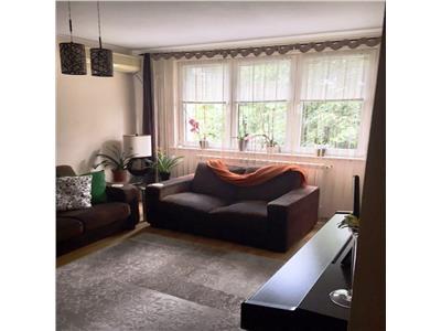 Vanzare apartament 3 camere Drumul Taberei/ Valea Ardgesului