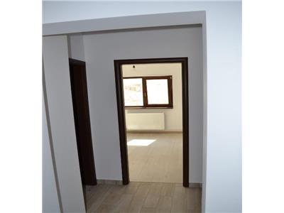 Vanzare apartament 3 camere et 1 in zona dr.sarii