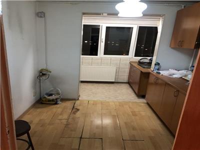 Vanzare apartament 3 camere,etaj 8-diham